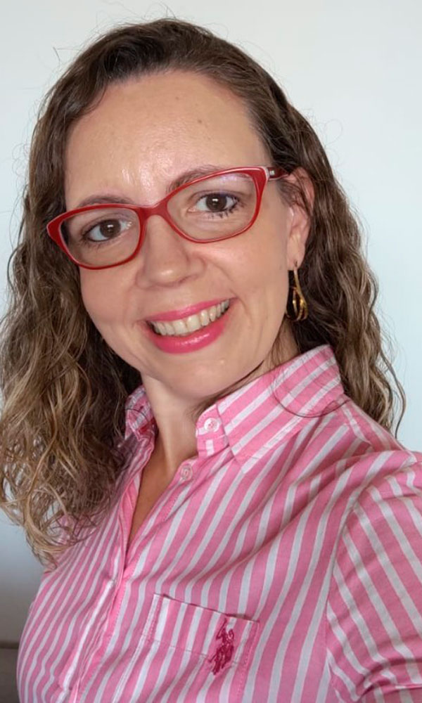 Joana Maria Riquelme Agapito de Paula